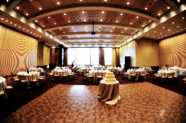 grand-piazza-ballroom-wedding